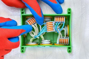 fully qualified domestic electrician
